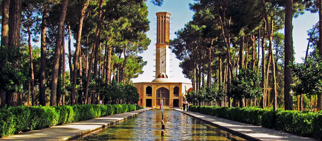محوطه باغ ایرانی | محوطه سازی | طراحی باغ ایرانی | کوشک | منظره سازی| طراحی فضای سبز ایرانی | گاردن بام | باغ دولت یزد